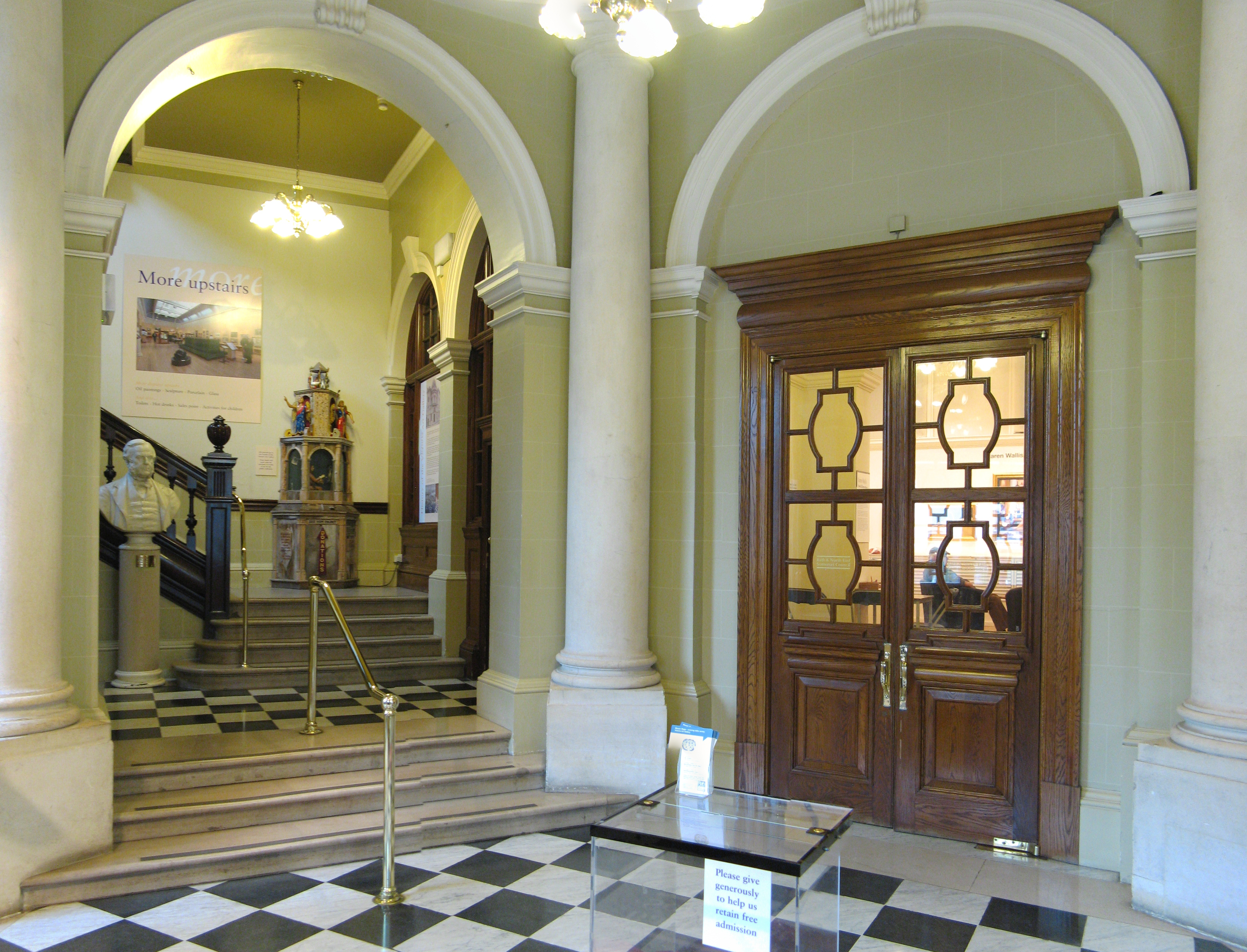 Foyer Artwork : File victoria art gallery bath foyer g wikimedia commons