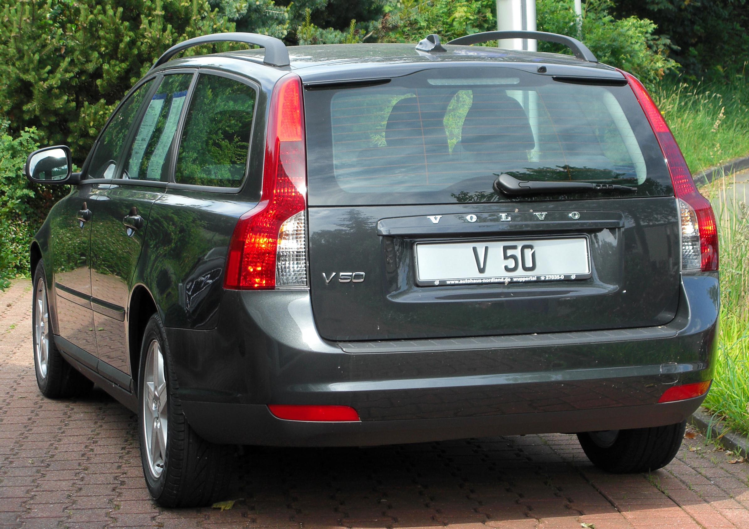 File:Volvo V50 2.0D Kinetic Facelift rear 20100613.jpg - Wikimedia Commons