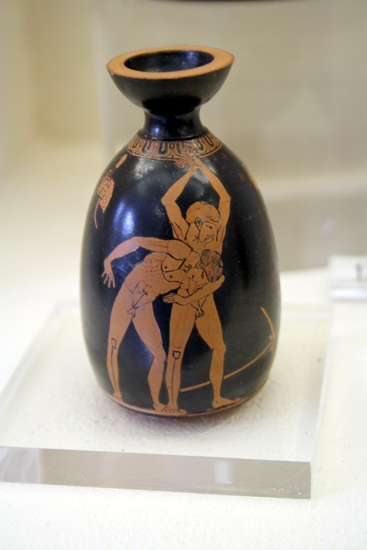 File:1119 - Keramikos Museum, Athens - Douris, Aryballos - Photo by Giovanni