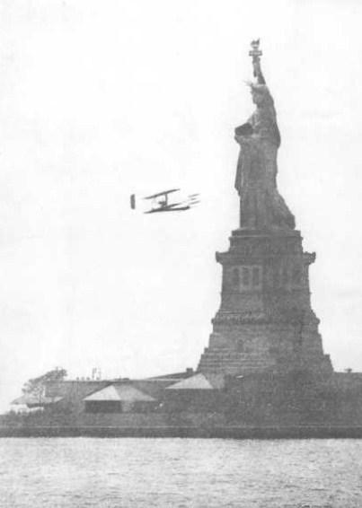 Photographies de Lieux Célèbres durant la Belle Epoque 1909_HF_Statue_of_Liberty