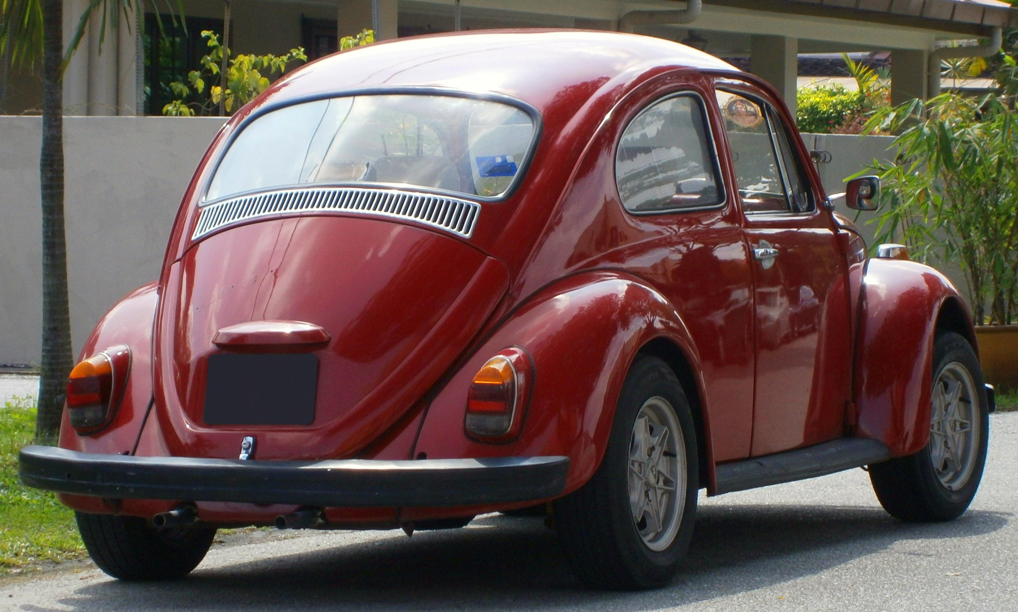 File:1969 Volkswagen Beetle in Subang Jaya, Malaysia (02).jpg - Wikimedia Commons