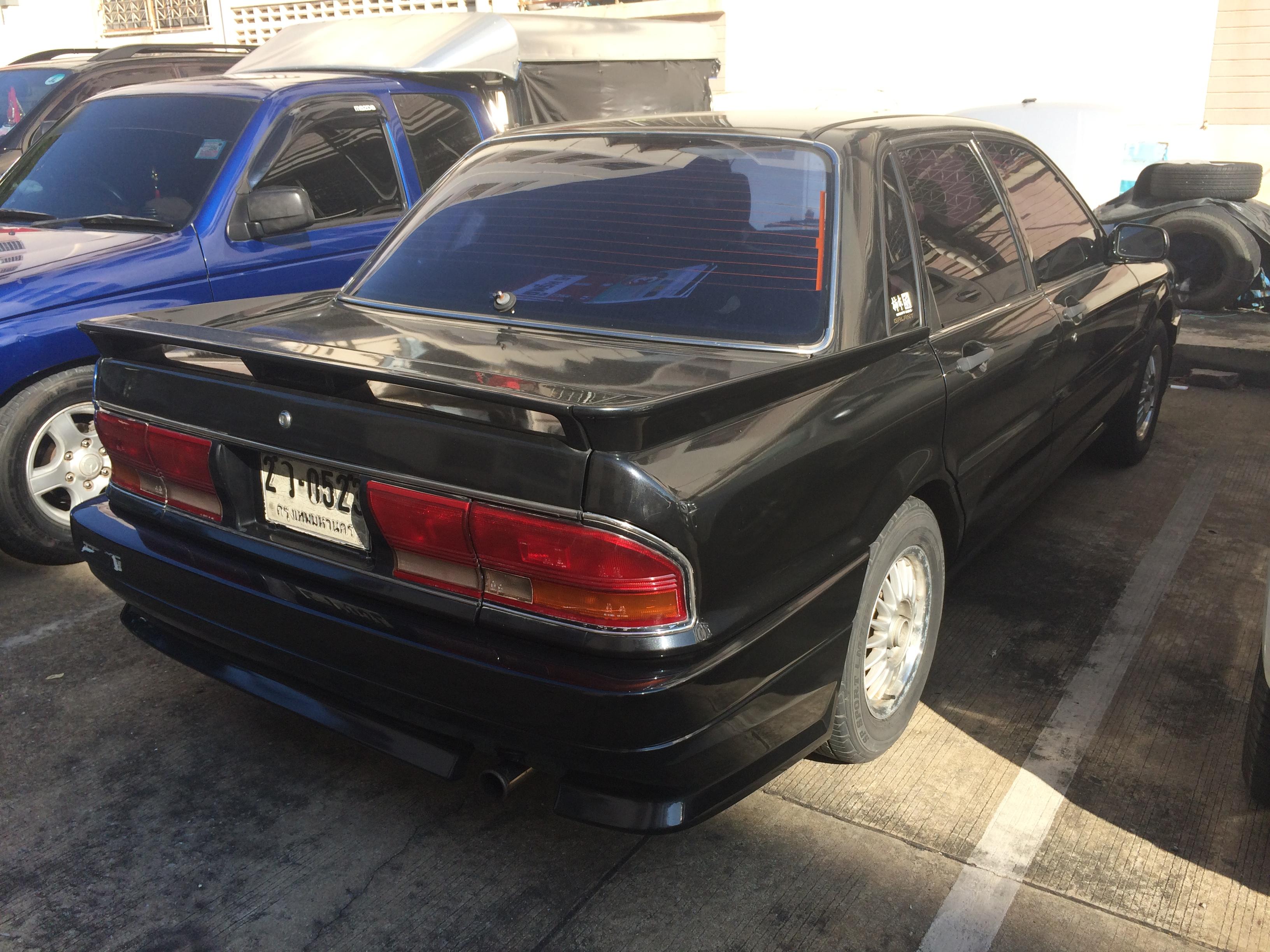 file:1989 mitsubishi galant (e-e33a) amg sedan (21-10-2017) 04