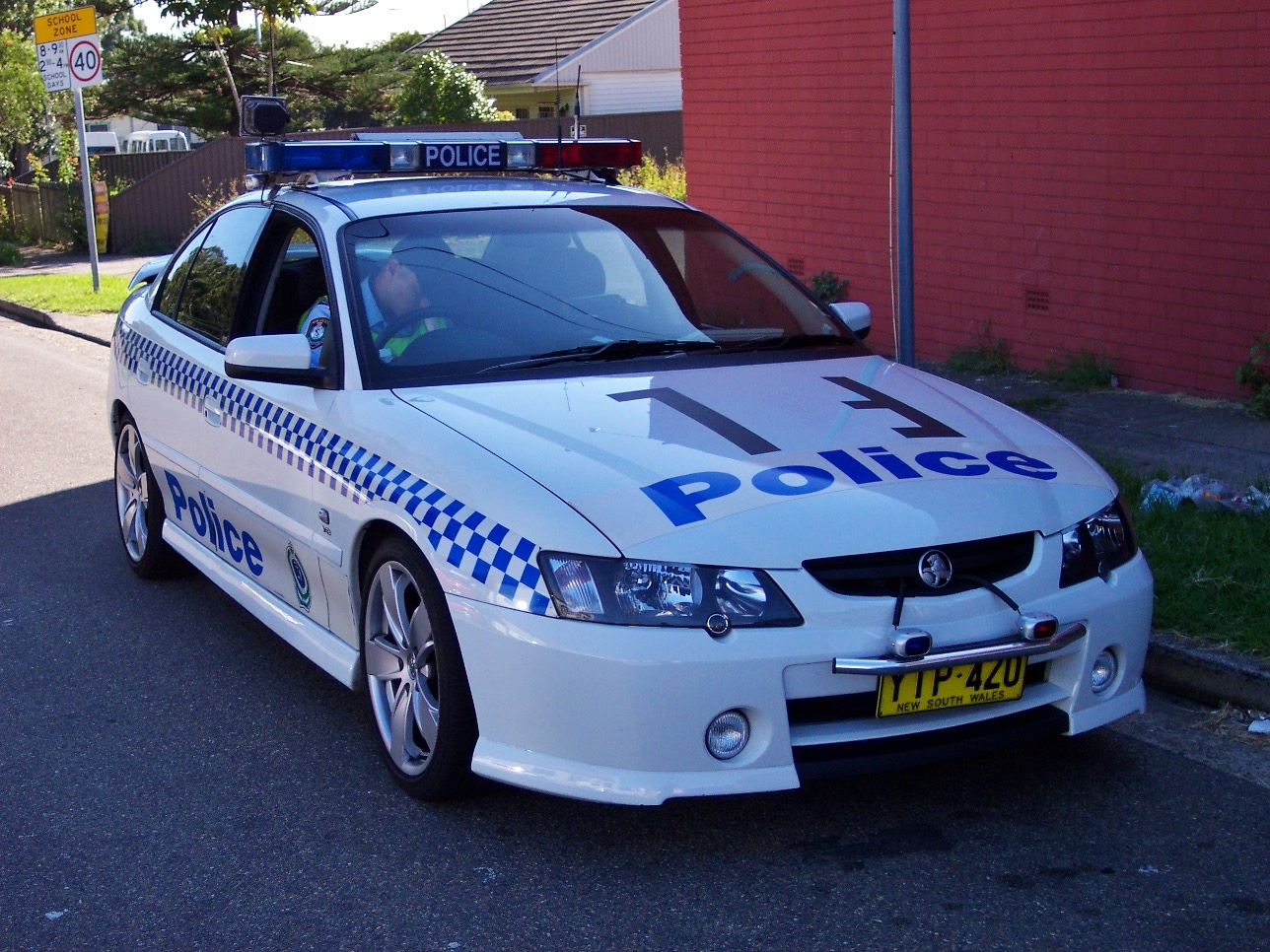File2003 holden vy commodore ss nsw police 5497884055g file2003 holden vy commodore ss nsw police 5497884055g vanachro Images