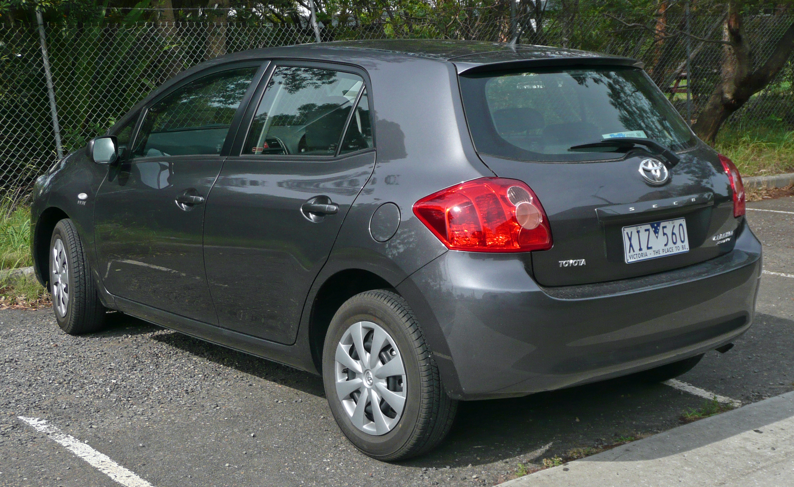 2009 toyota corolla hatchback specifications
