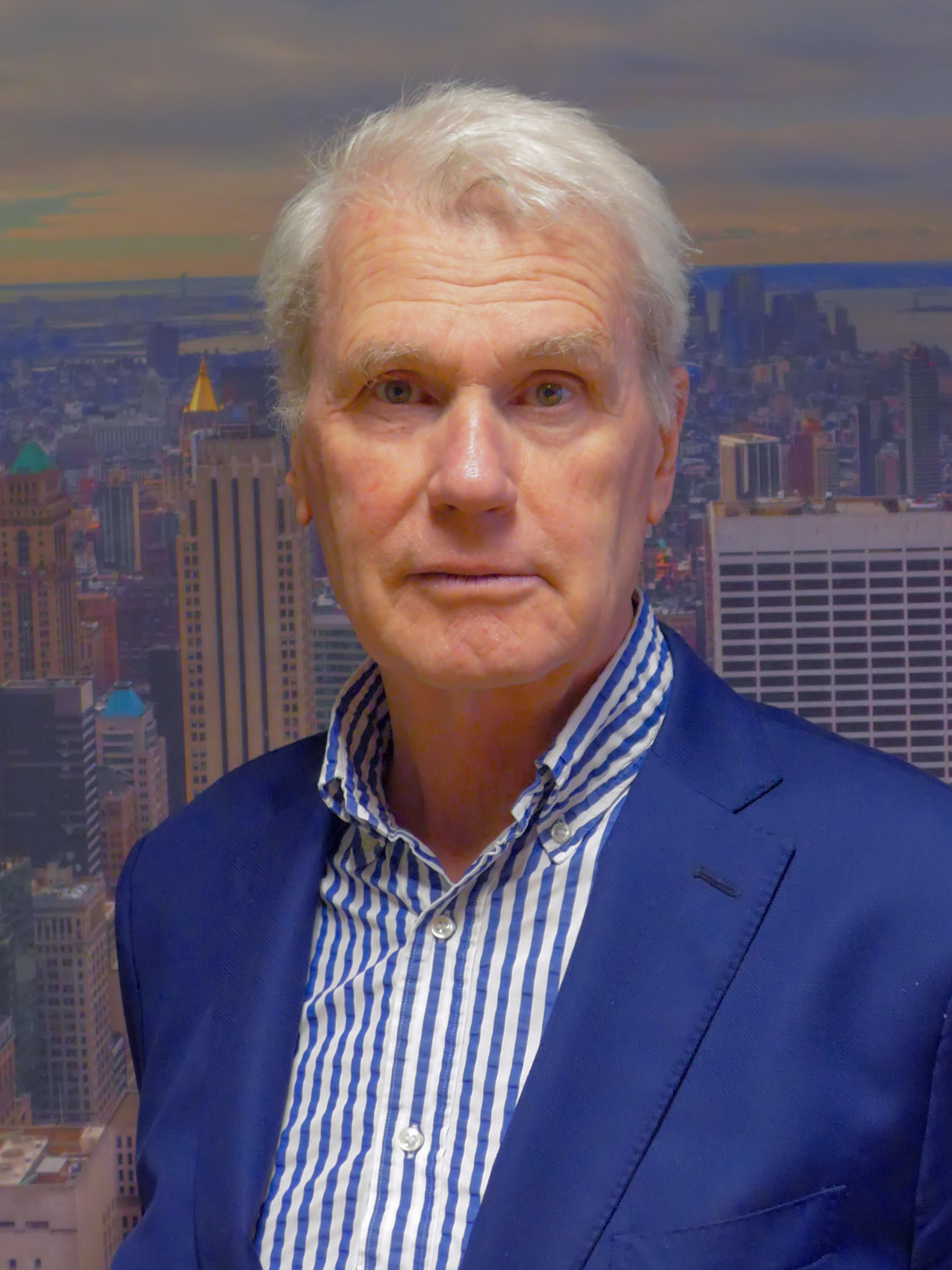 The 71-year old son of father Victor Justin Mulder and mother Maria van Dis Adriaan van Dis in 2018 photo. Adriaan van Dis earned a  million dollar salary - leaving the net worth at 2.3 million in 2018