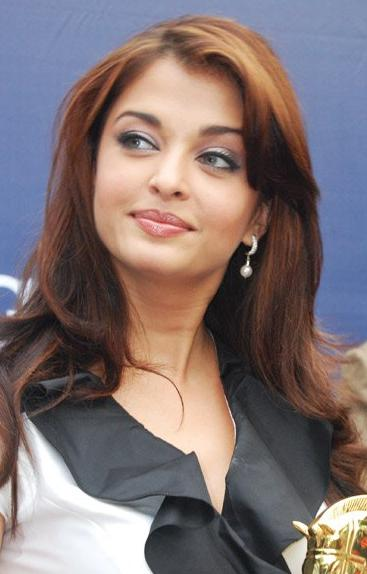 https://upload.wikimedia.org/wikipedia/commons/9/9b/AishwaryaRai.jpg