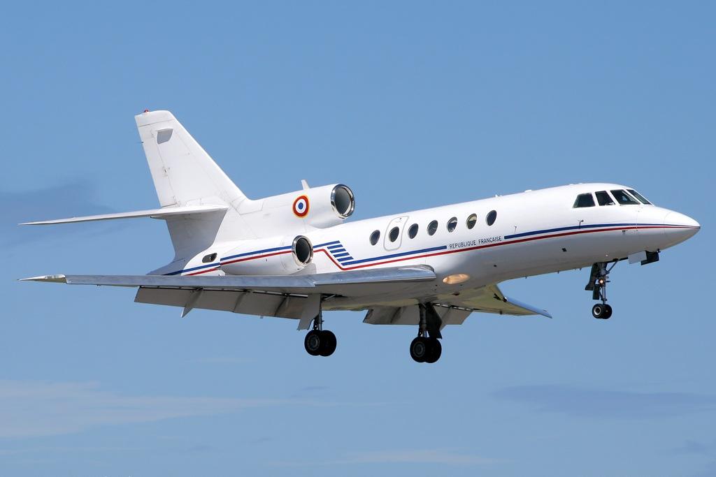 Armee_de_l%27Air_-_Dassault_Falcon_50.jp
