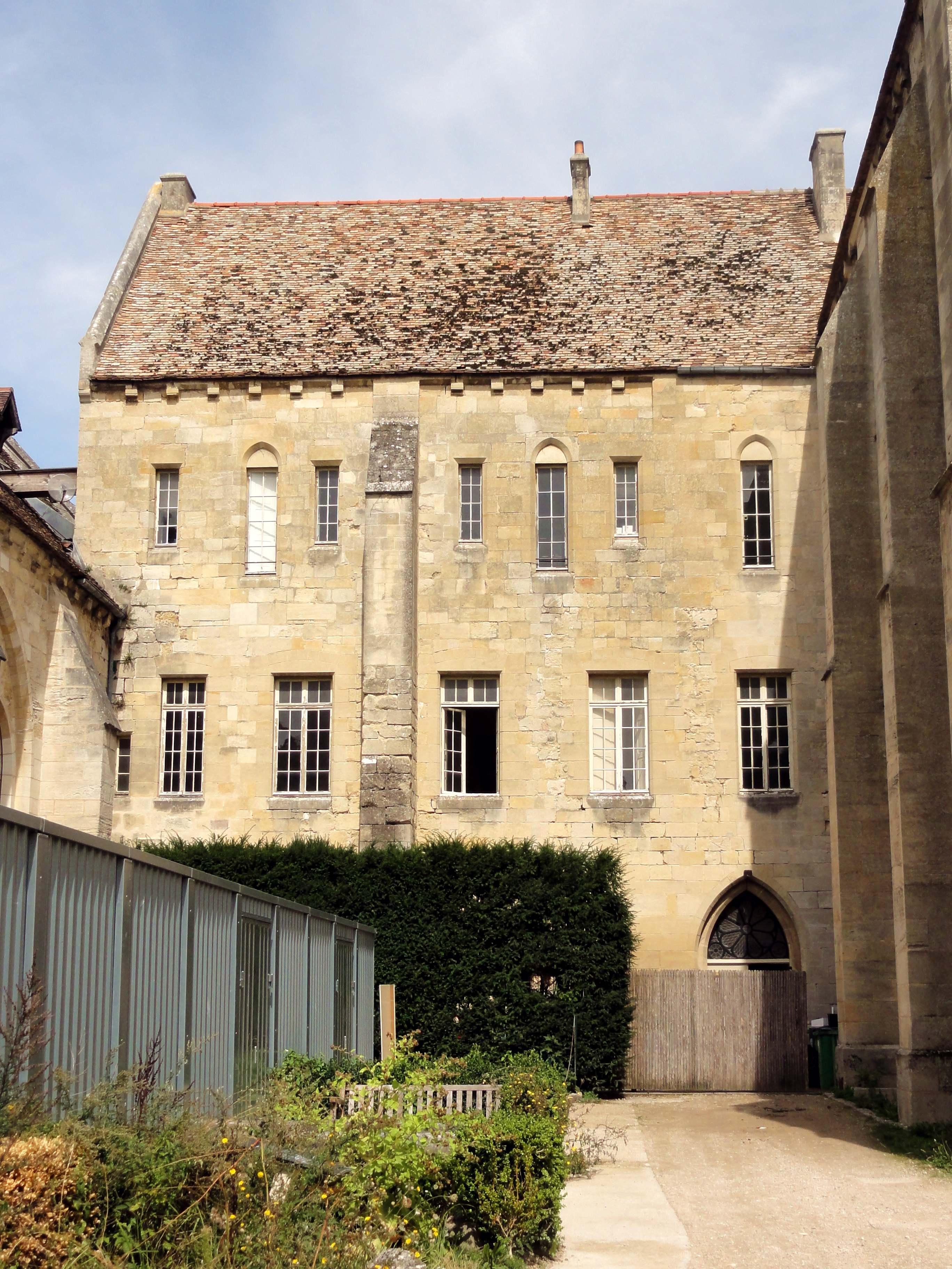 Fichier:Asnières-sur-Oise (95), abbaye de Royaumont, bâtimen