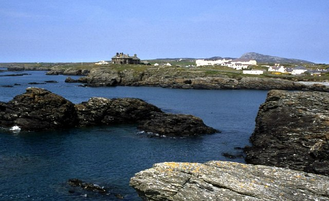 Big house at Trearddur Bay - geograph.org.uk - 79217