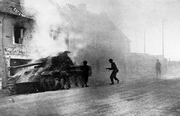 Burning_Panzer_V_at_Periers_1944.jpg