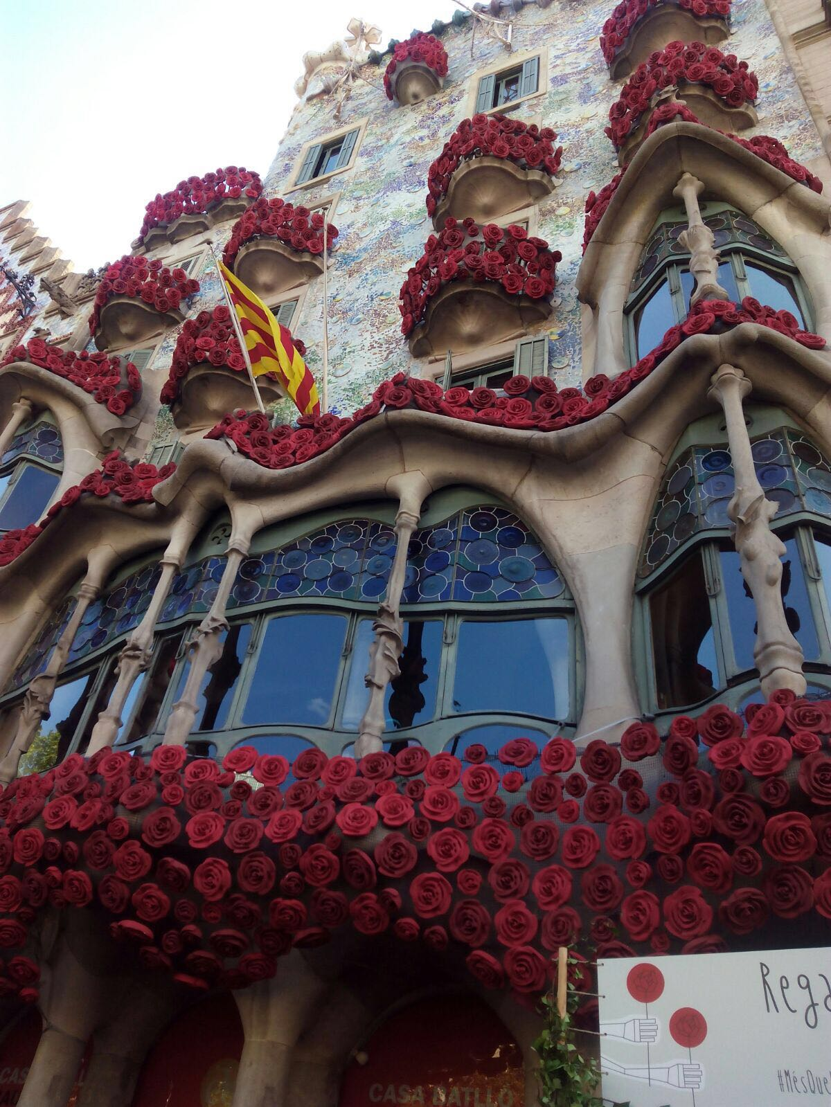 File Casa Batll 243 St Jordi 2016 1522 Jpg Wikimedia Commons