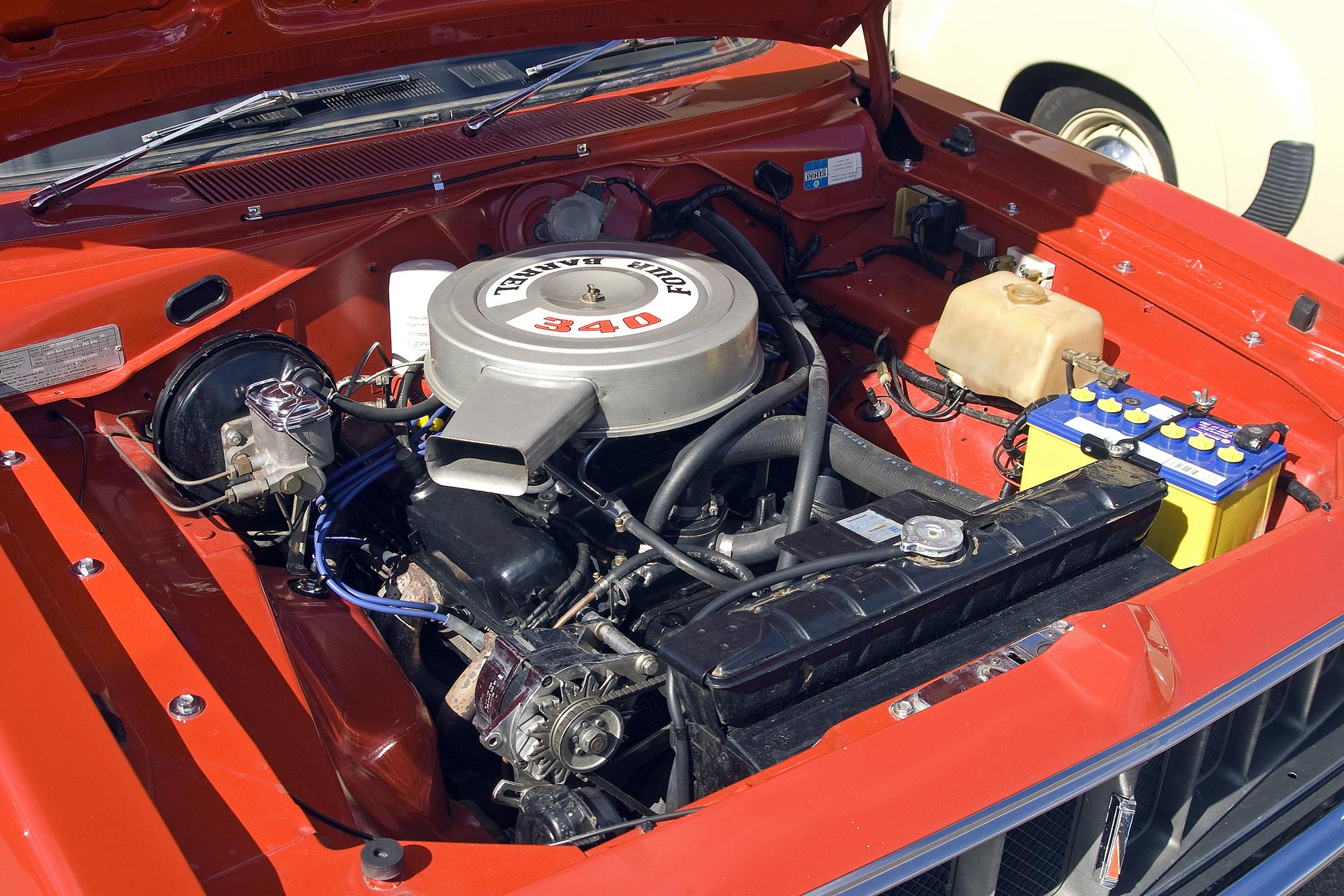 File Chrysler Vj Valiant Charger Coupe Engine Jpg