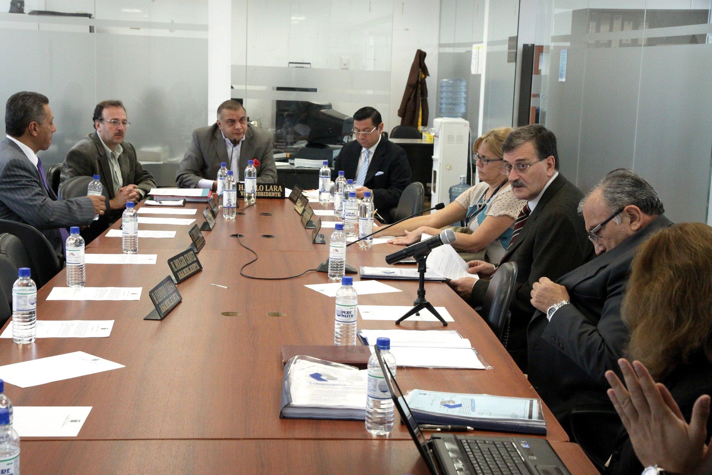 Ciudadana y Control Social recibe a Ministro de Recursos Naturales No Renovables, Wilson Pastor; y, del generente General de Petroecuador, Manuel Zapater