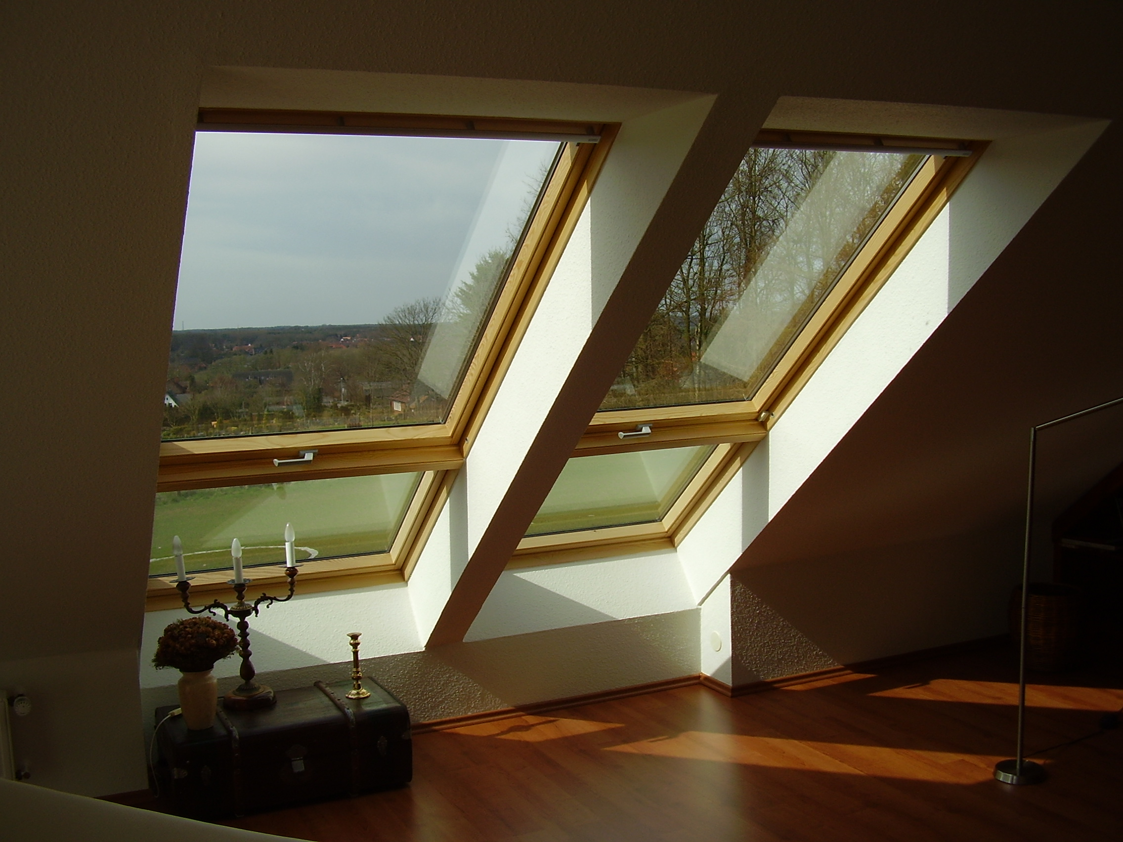 benefits of velux skylights from evergreen s design. Black Bedroom Furniture Sets. Home Design Ideas
