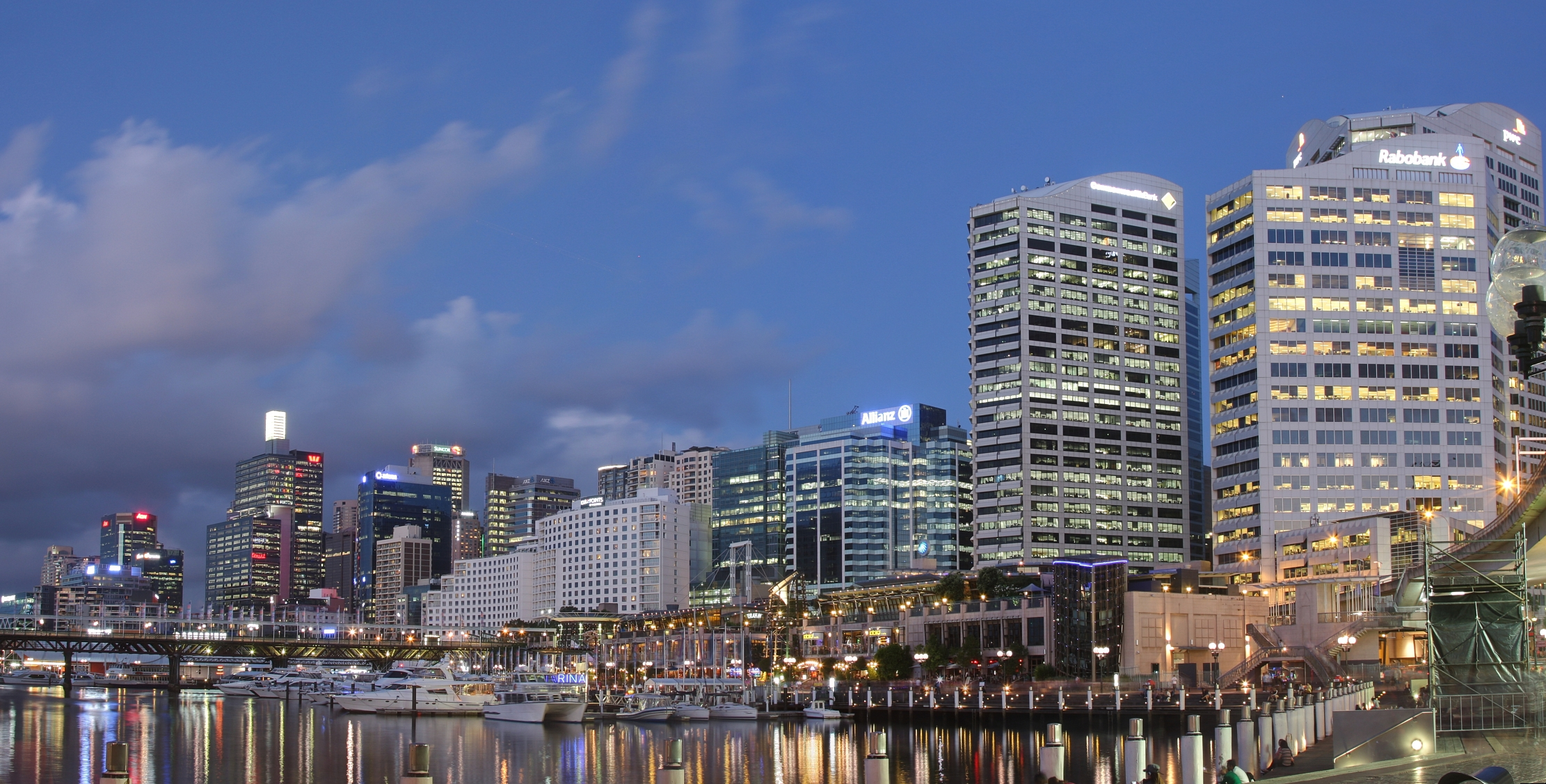darling harbour twilight photo.jpg