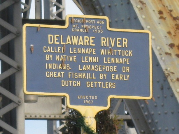 Matamoras (PA) United States  city photo : Delaware River sign in Matamoras, PA cropped Wikimedia ...