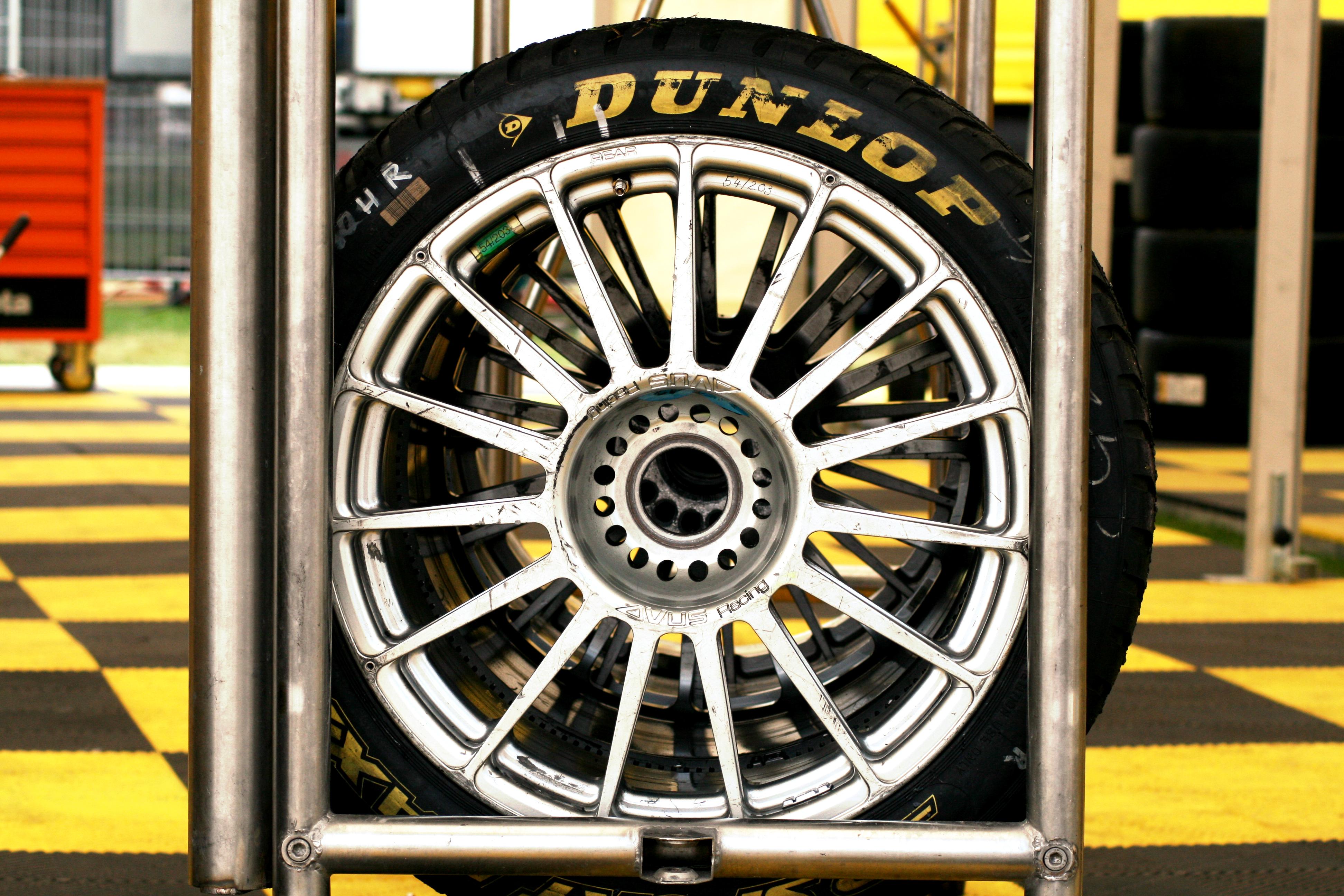 Dunlop Race Slicks For Cars