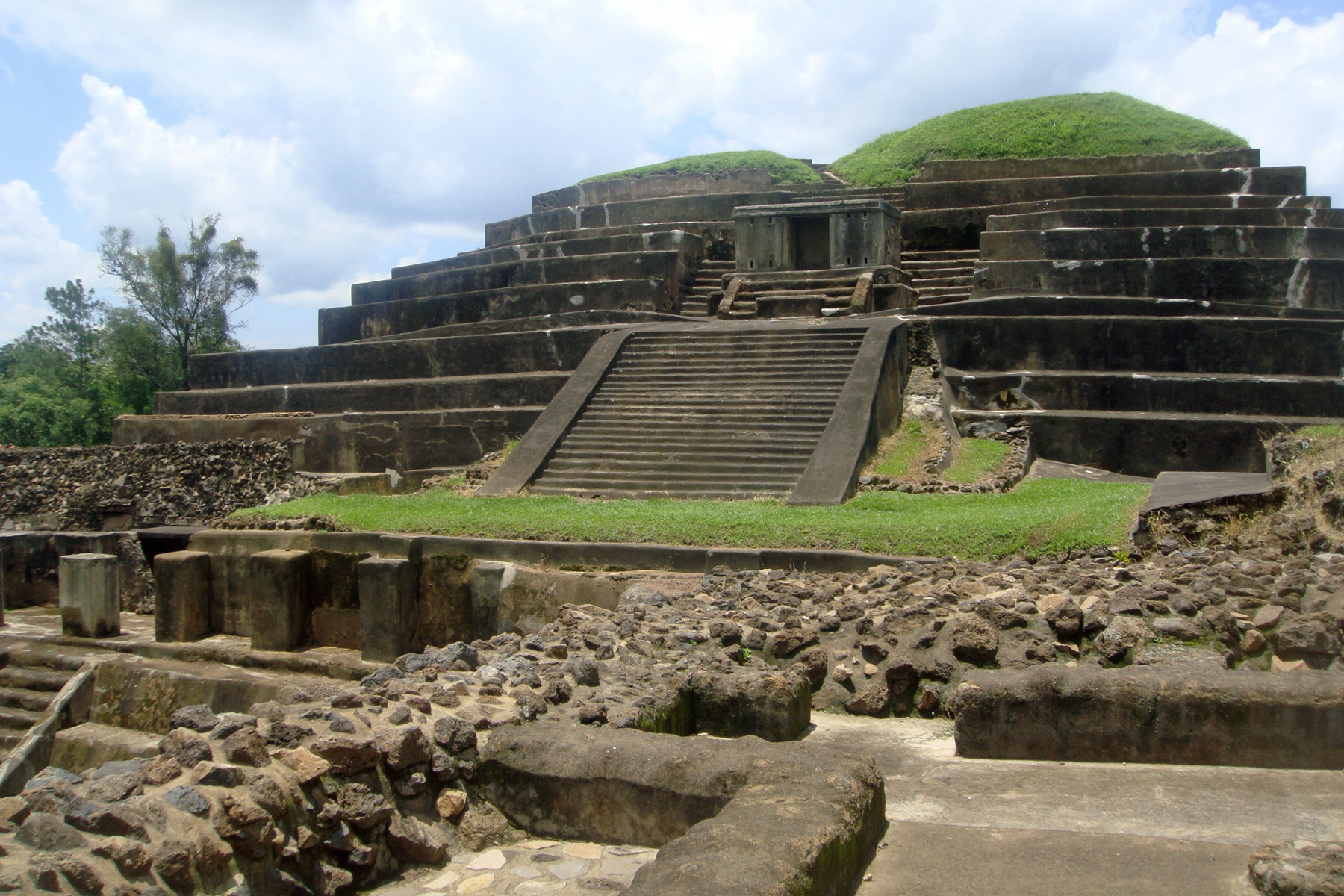 a historical overview of the yucatan people during the classic maya period Summary of the chronology something that only the maya had used during the classic period preserving the cultural history of the nahua people.