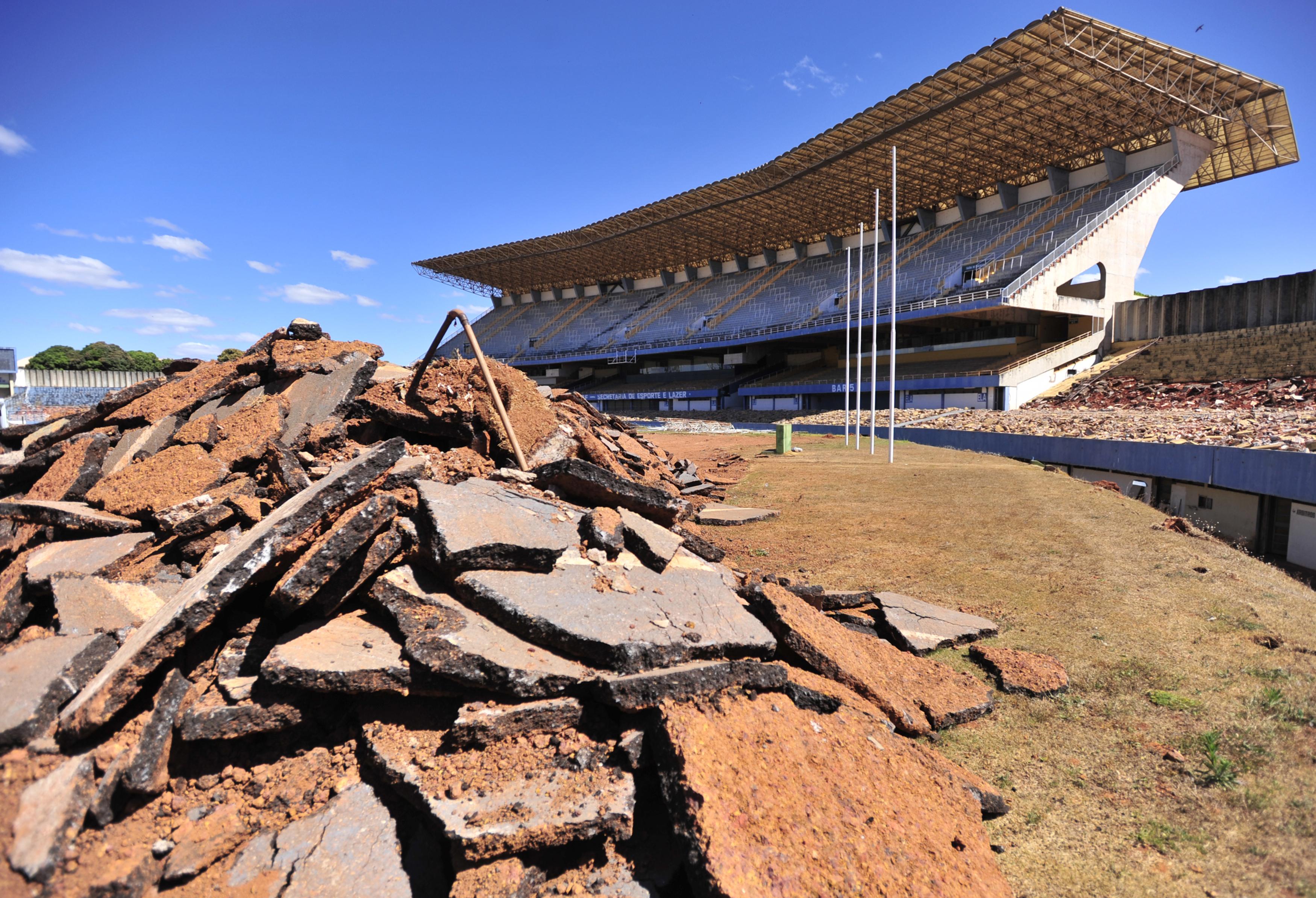 File est dio nacional de bras lia during ceremony to for Puerta 27 estadio nacional