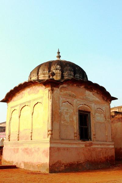 Exterior Facade Lahore Fort 3.JPG