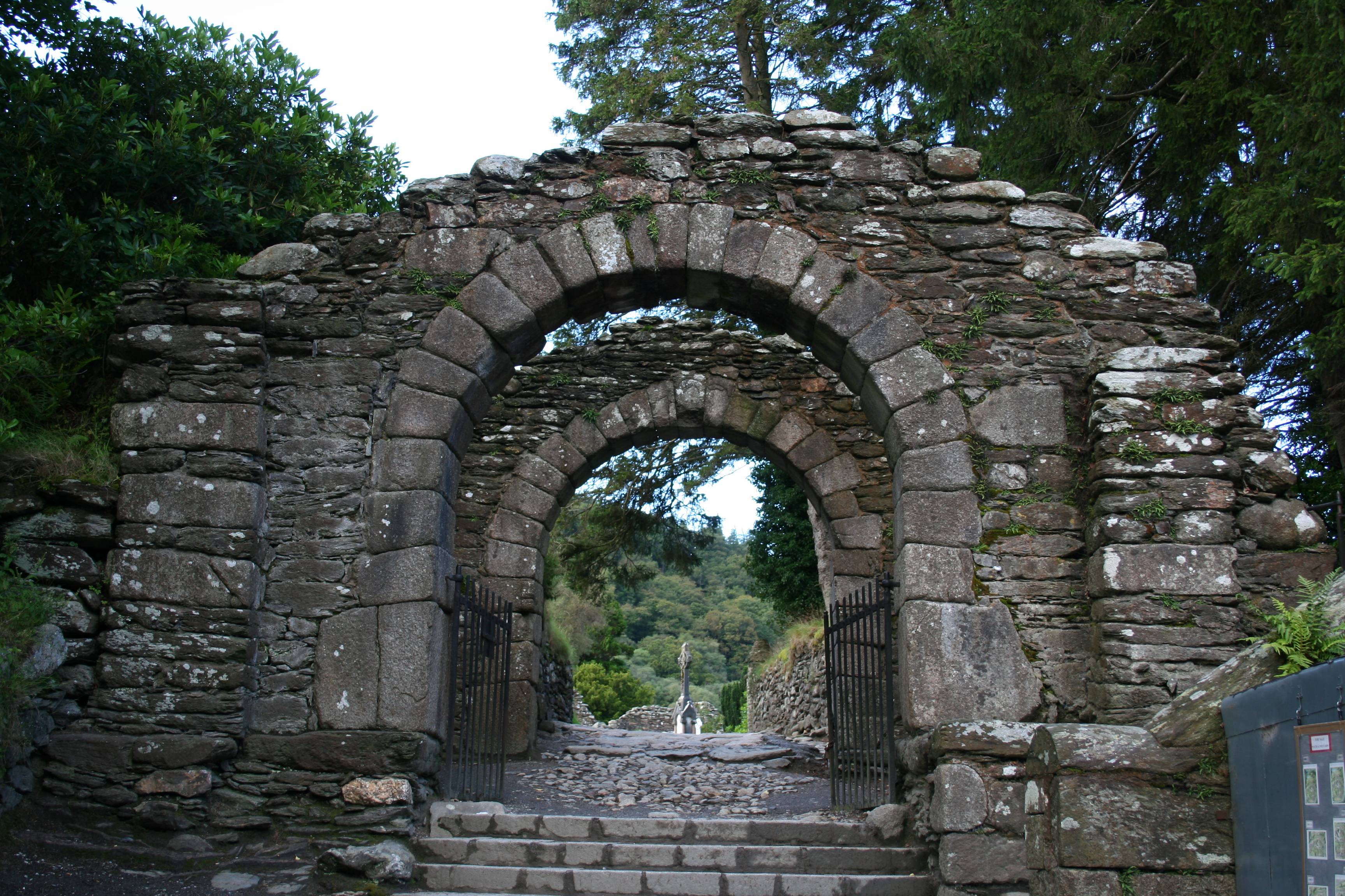 Glendalough Gatehouse.jpg