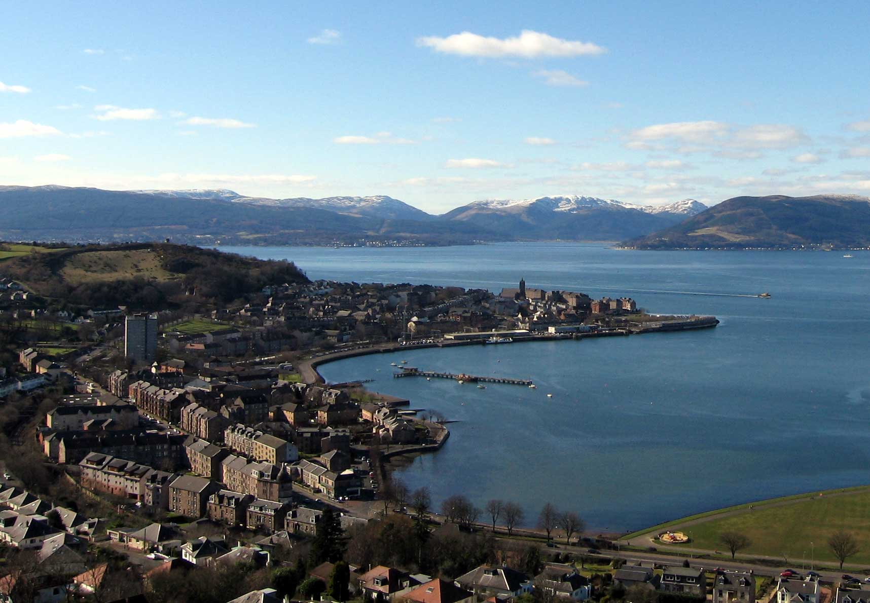 View from Lyle Hill over Cardwell Bay and Gourock Bay to the pierhead