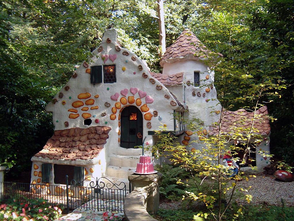 File hans en wikimedia commons for Hansel and gretel house plans