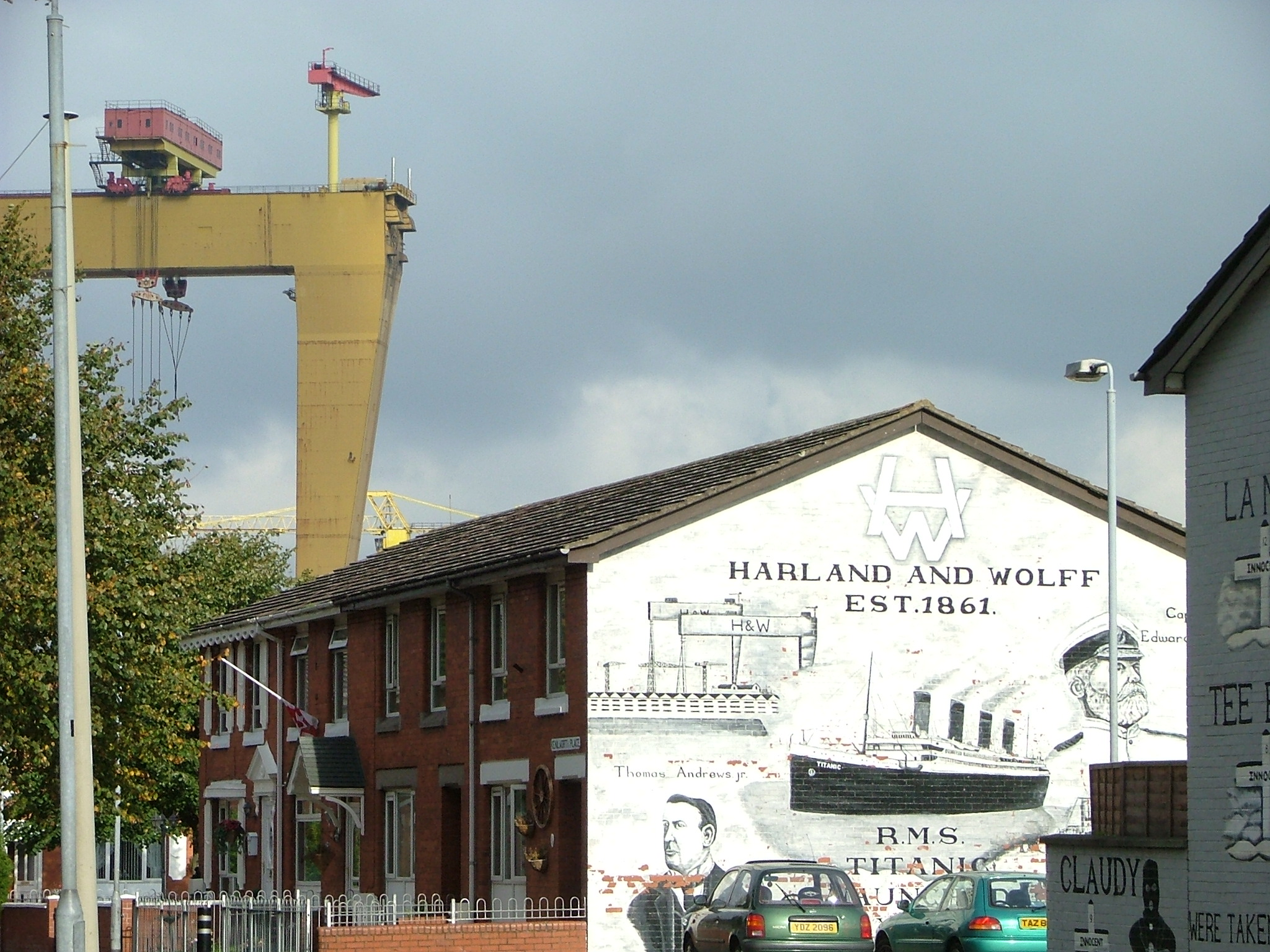 File harland and wolff mural in belfast jpg