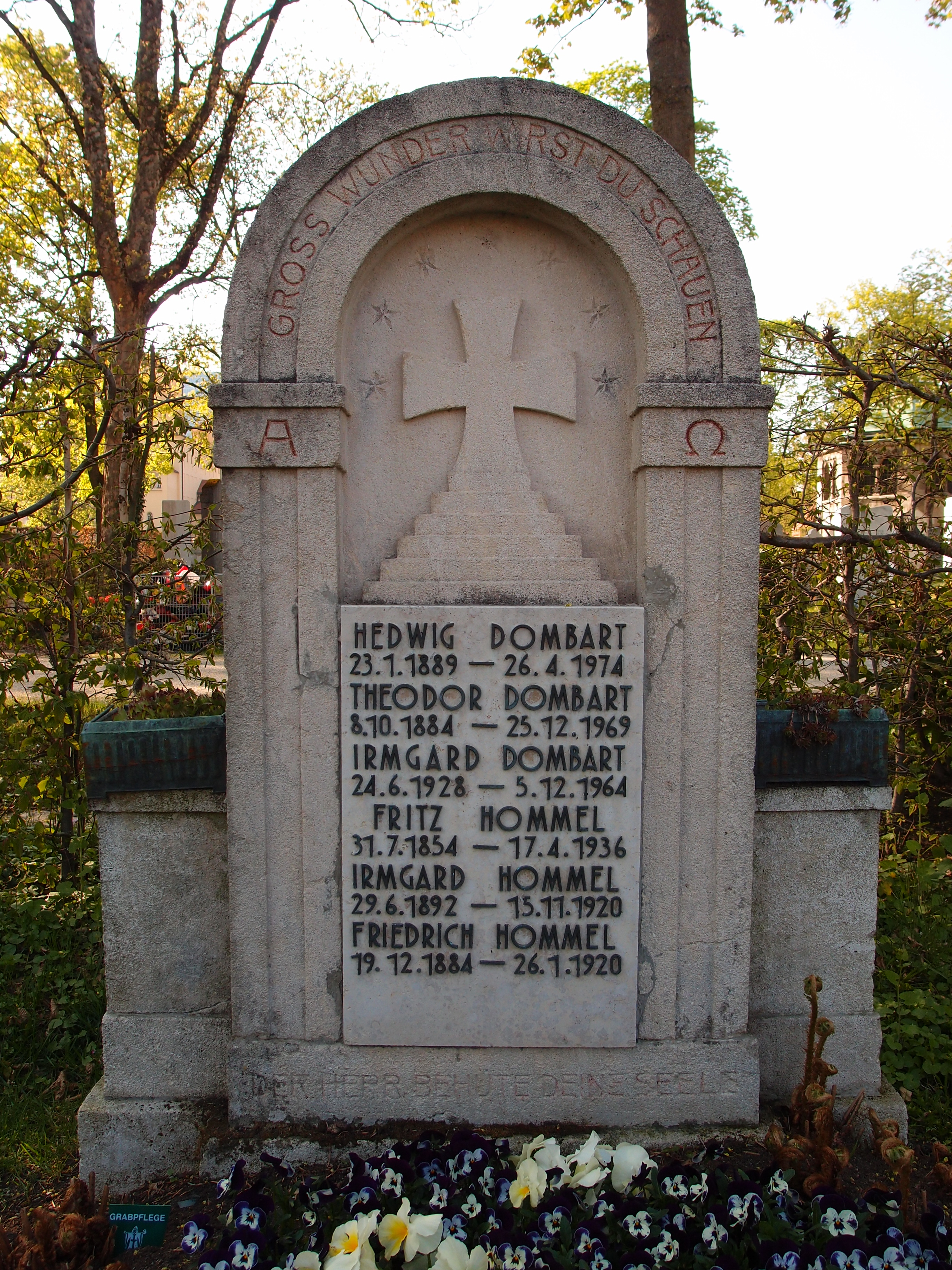 Grave of Fritz Hommel at Nordfriedhof in Munich