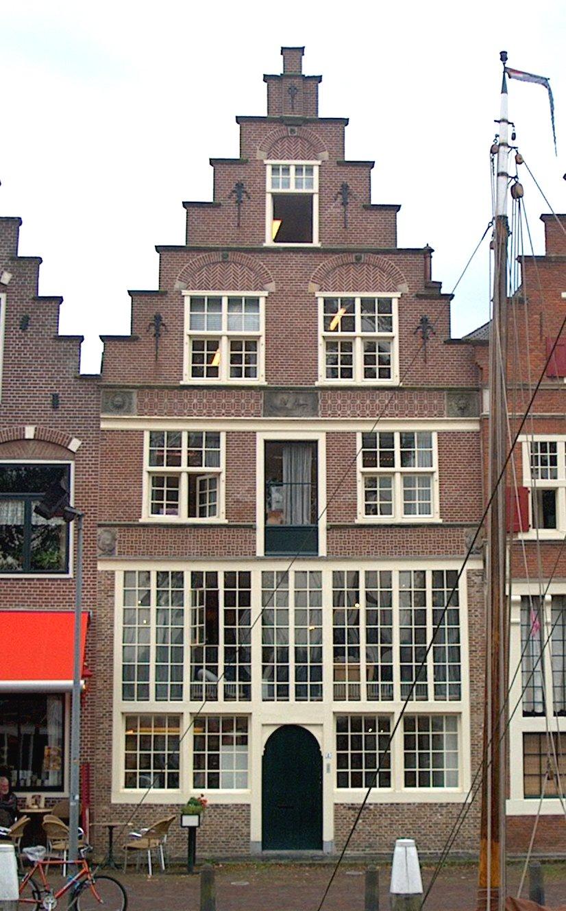 Vernieuwde gevel voor 17e eeuws pand in hoorn monument - De mooiste gevels van huizen ...