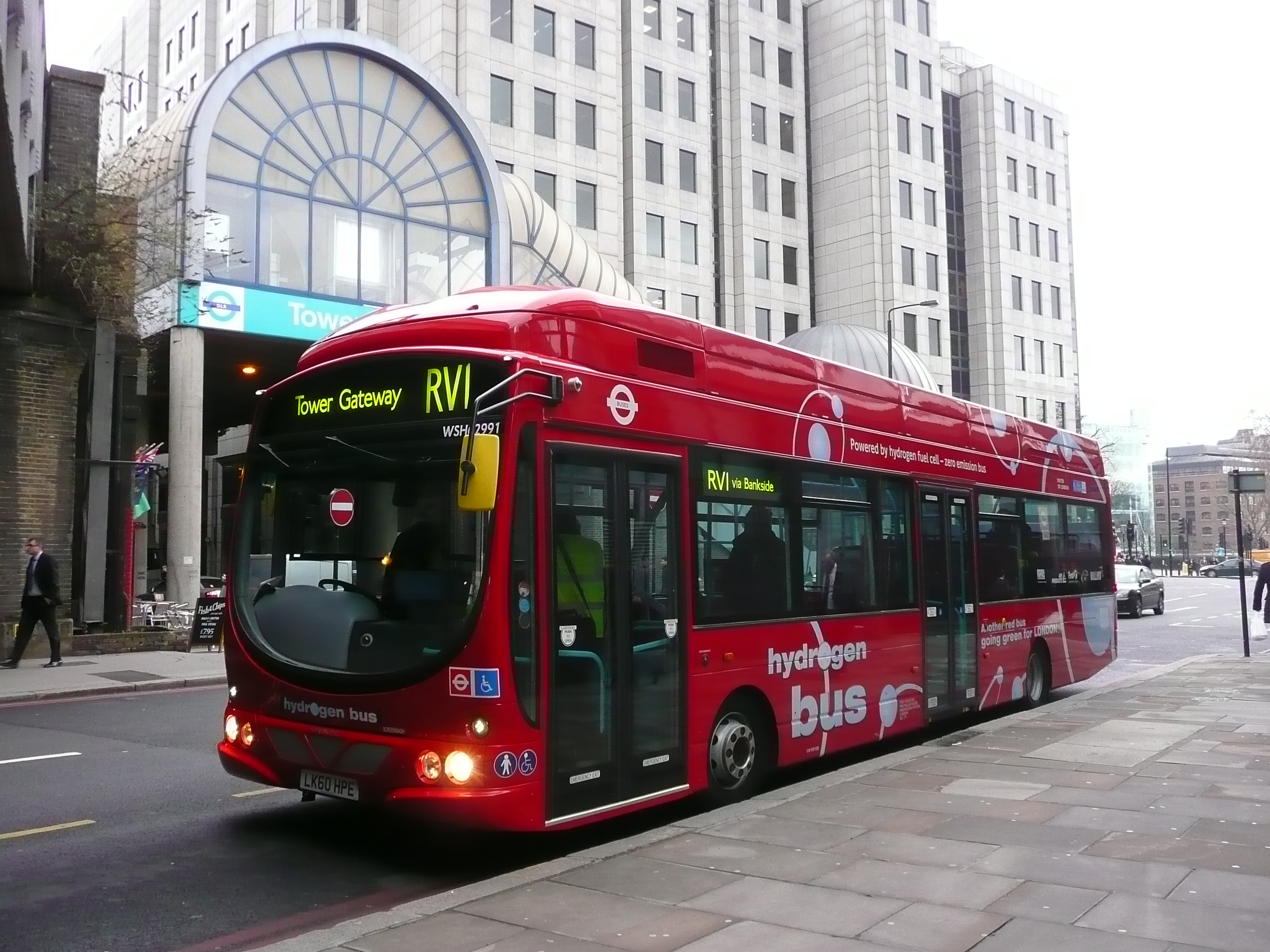 HyFLEETCUTE-HydrogenBus-London2.JPG