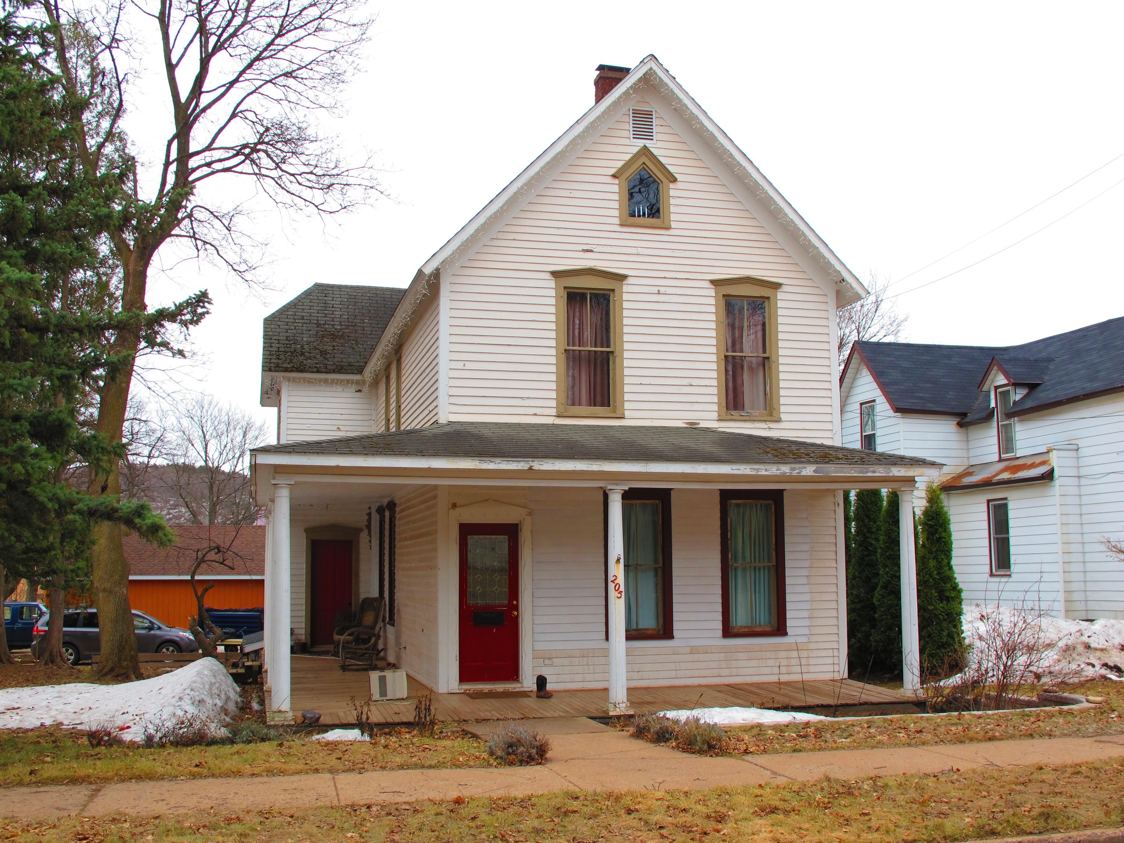 File:Ishpeming, Michigan - Paul Biegler\'s house in Anatomy of a ...