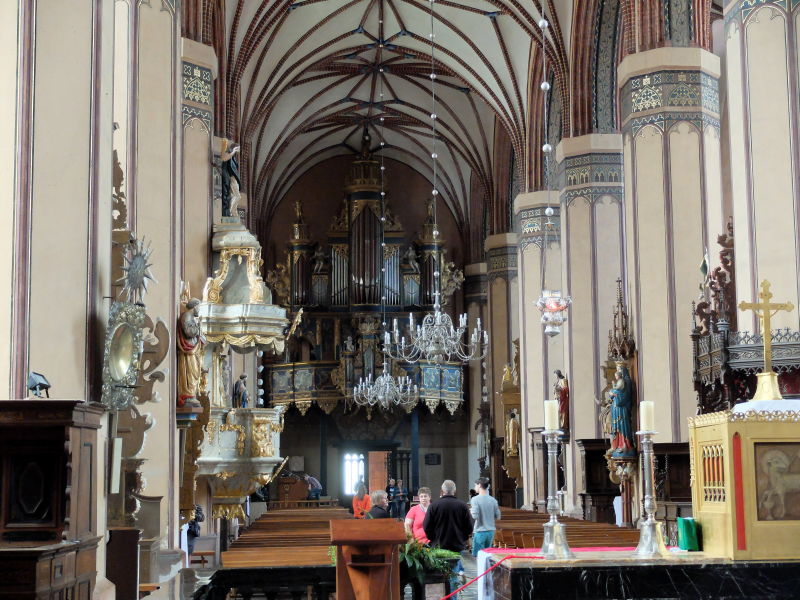 Interior de la catedral de Frombork, Polonia
