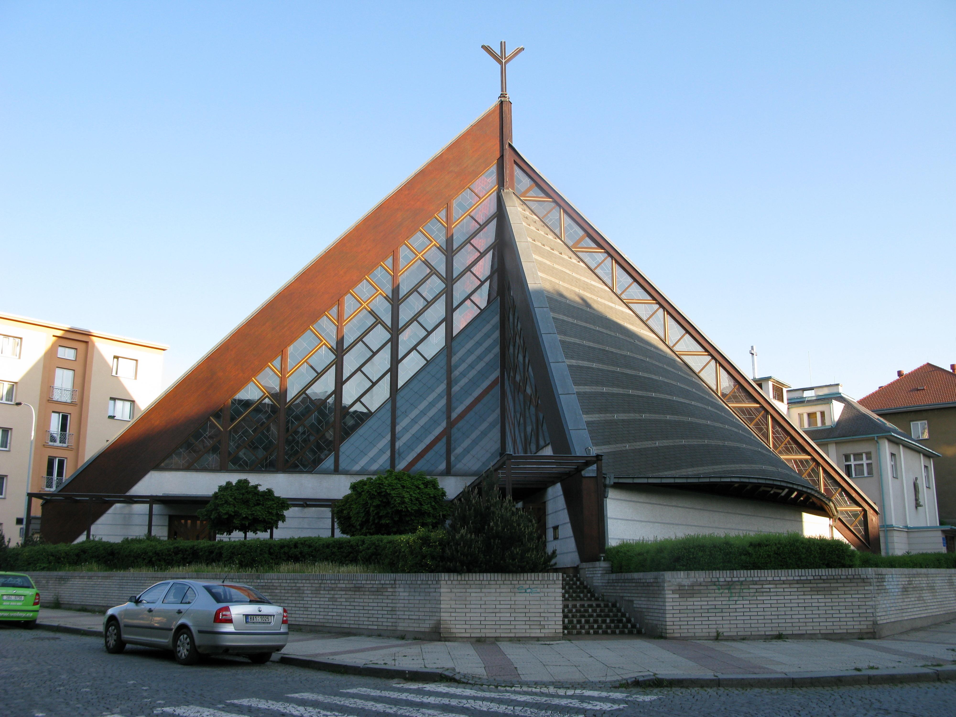 Kostel Panny Marie ve Strašnicích