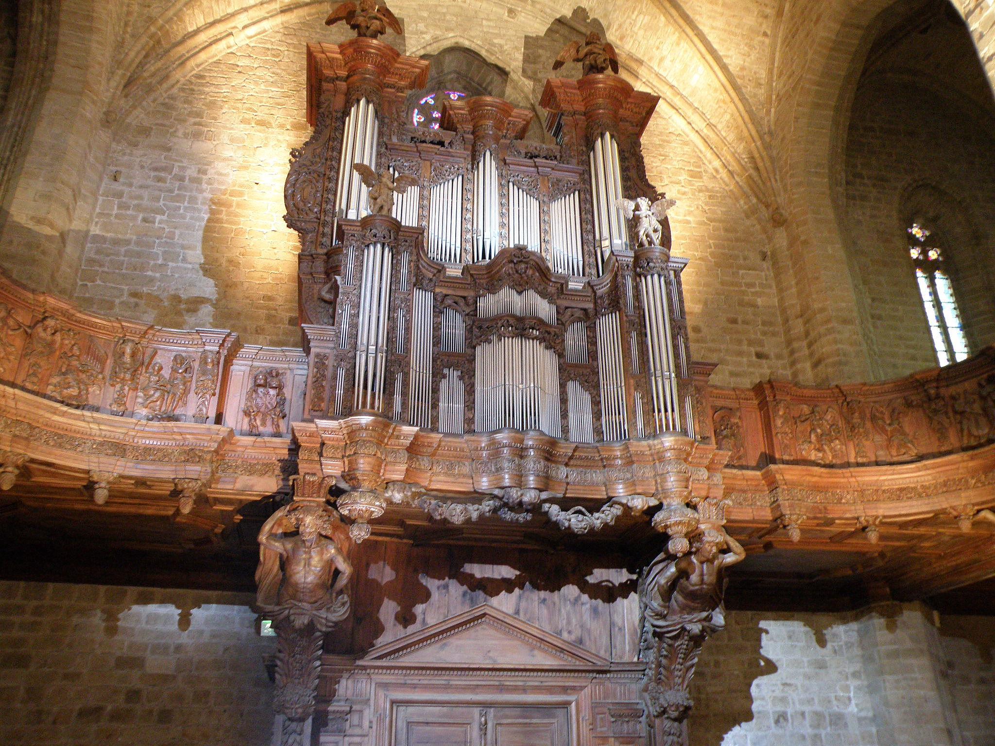 file la chaise dieu abbatiale orgues1 jpg wikimedia commons