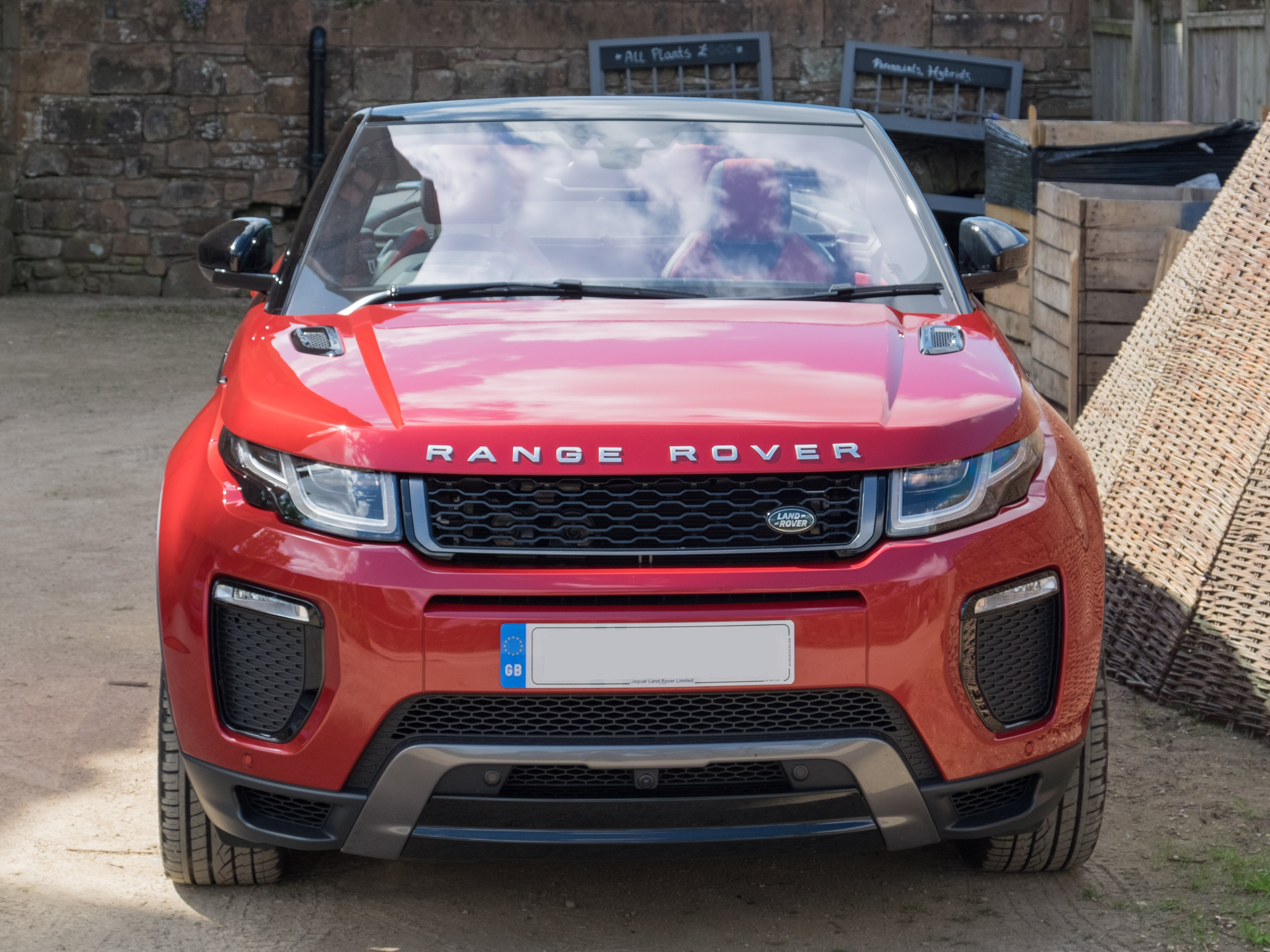 File Land Rover Range Rover Evoque Convertible 2016 Front Jpg Wikimedia Commons