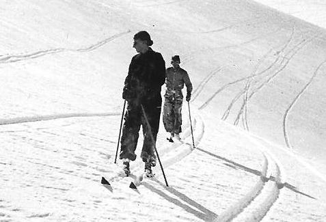 File:Lawrence and Doris Ogilvie skiing Adelboden 1938.jpg