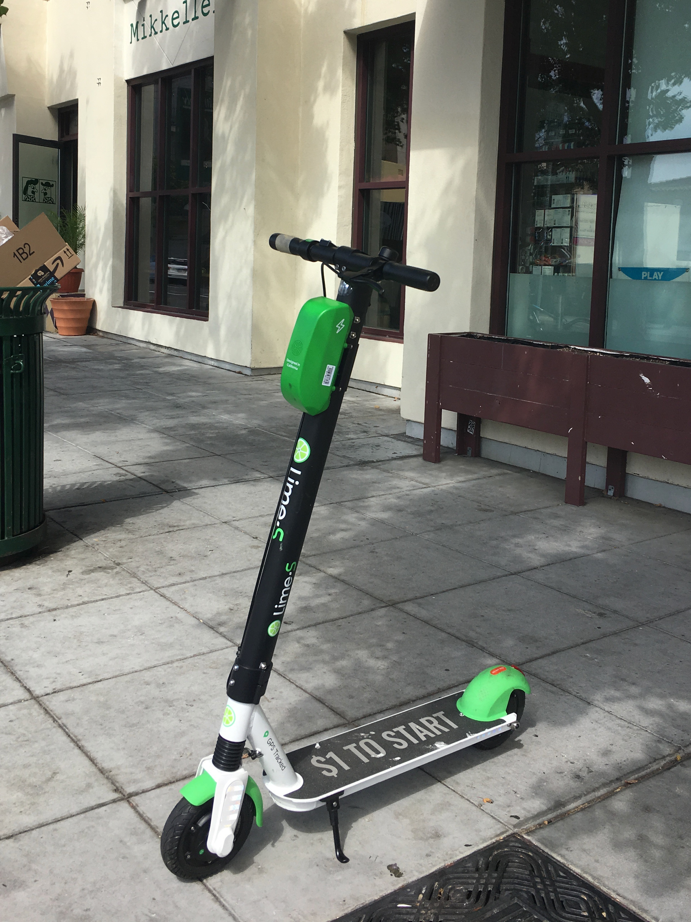 Lime Bike E-Scooter similar to the ones seen in Hoboken. Image captured by Malhal on September 28, 2018 sourced from Wikimedia Commons.