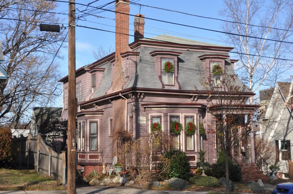 Patent An Idea >> Lydia Pinkham House - Wikipedia