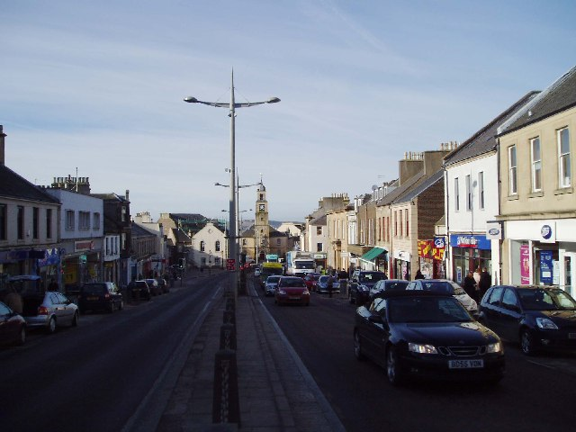 File:Main Street, Lanark - geograph.org.uk - 119806.jpg
