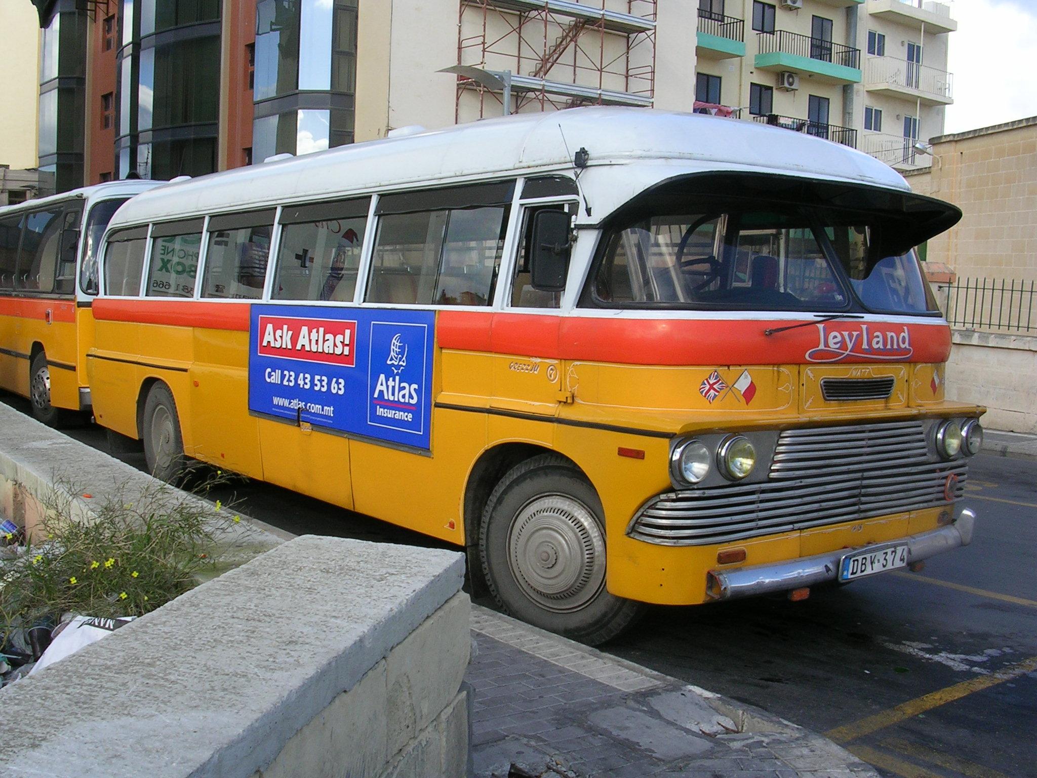 nostalgischer Linienbus