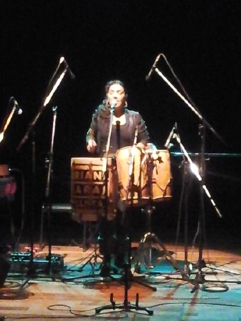 Mariana Baraj en vivo (Mendoza, 27 de mayo de 2016).