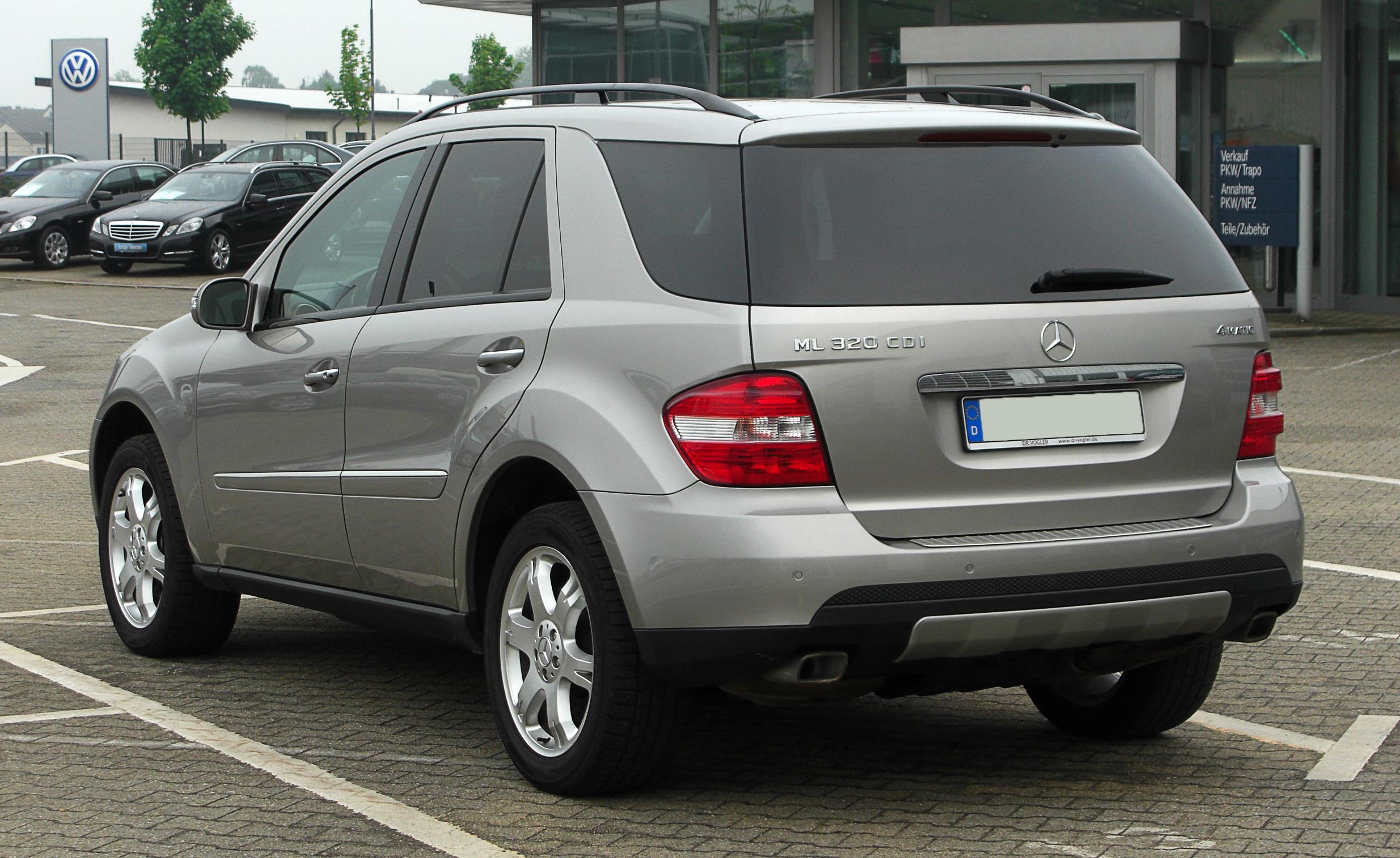 File:Mercedes-Benz ML 320 CDI 4MATIC (W 164) – Heckansicht ...