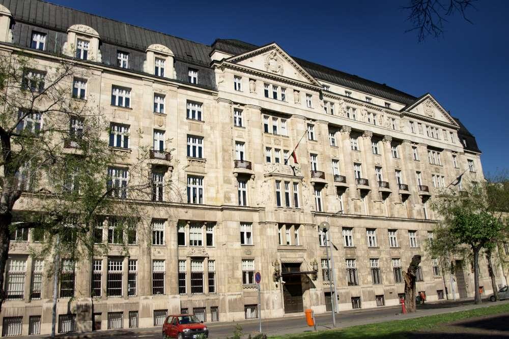 A Pénzügyminisztérium József nádor téri épülete