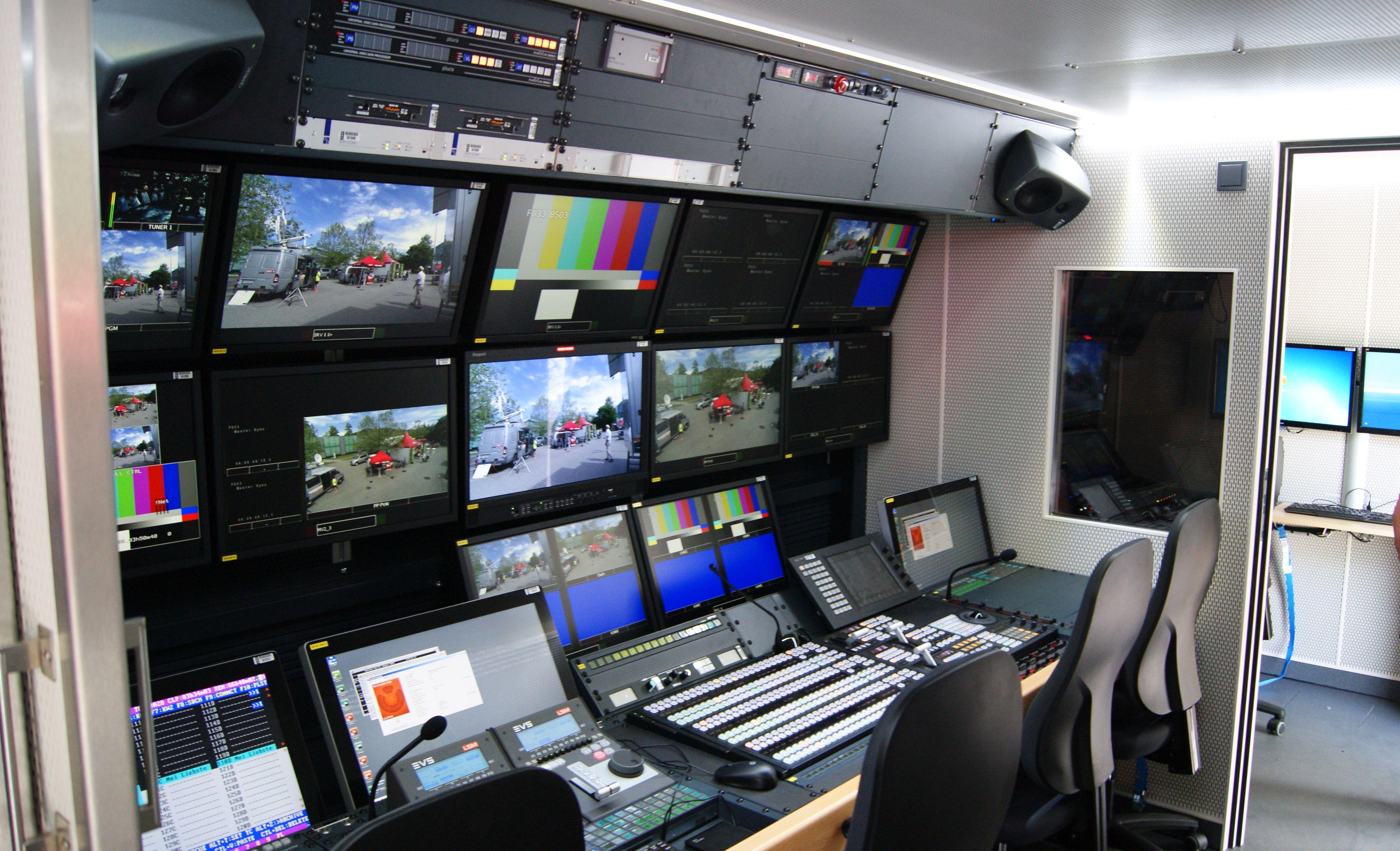 FileORF Funkubertragungswagen FU33 Regie 04a