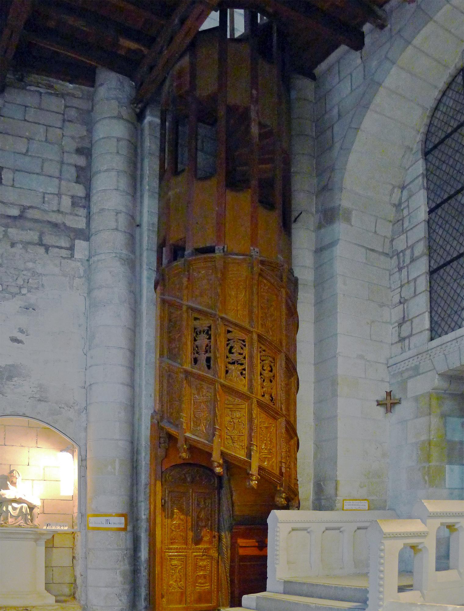 file p1320054 angers eglise trinite escalier wikimedia commons. Black Bedroom Furniture Sets. Home Design Ideas