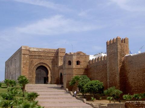 مدينة الرباط المغربية ... اصالة و معاصرة Palace_gate.jpg