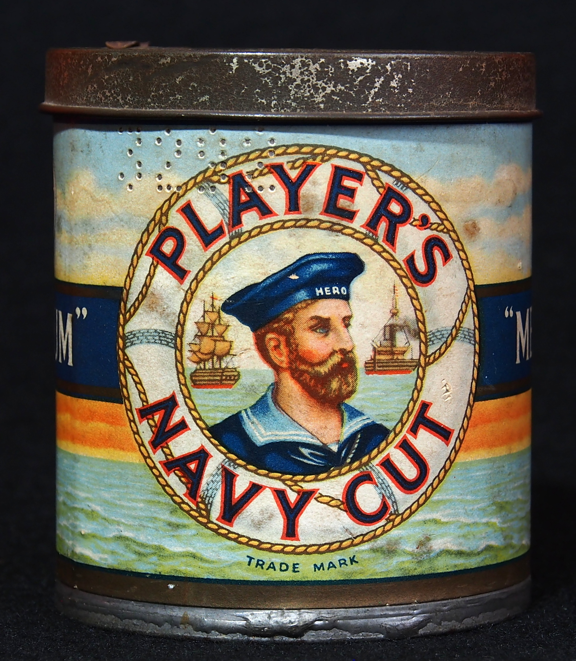 File Players Navy Cut Medium 50 Cigarettes Tin  Foto01 Jpg
