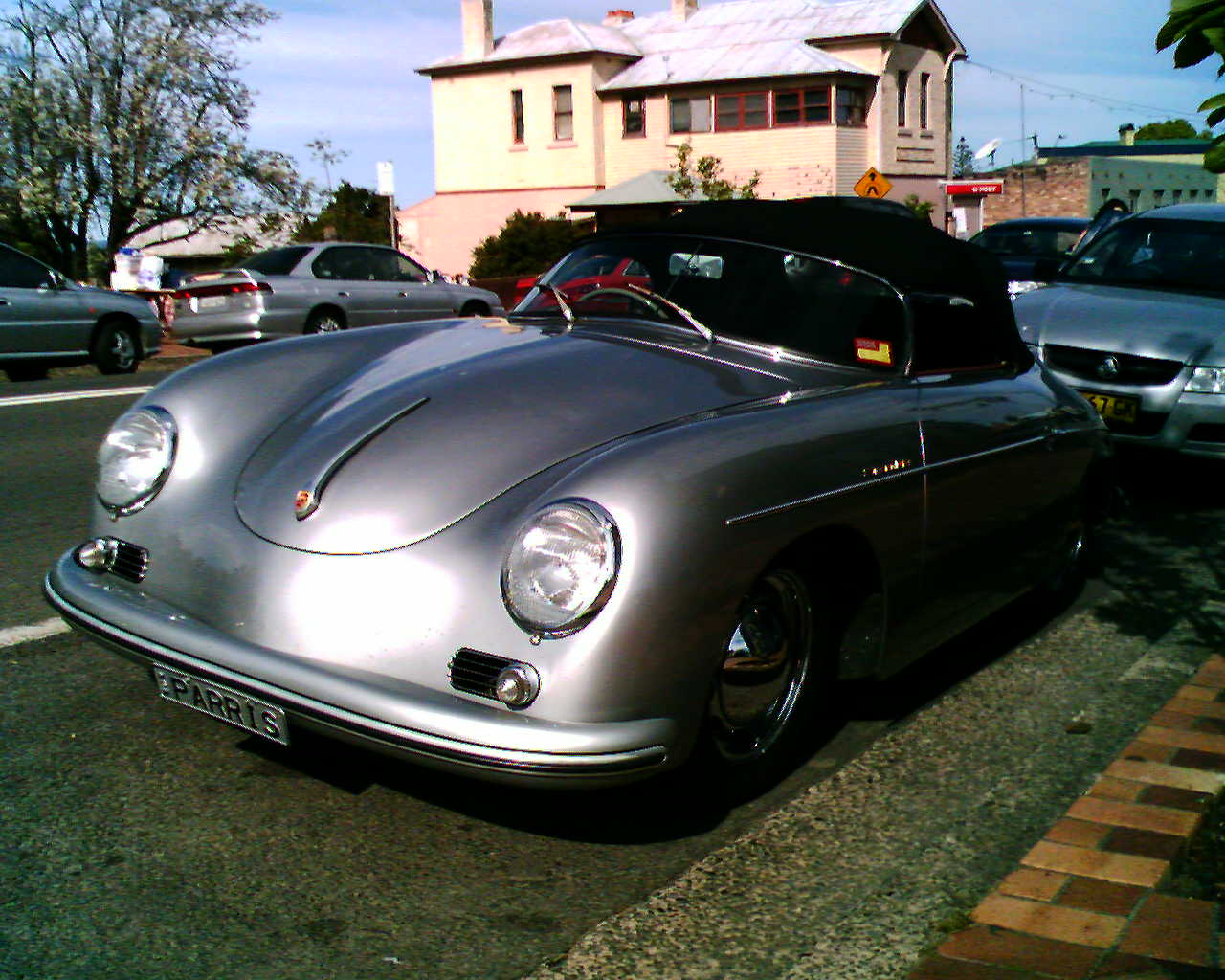 File Porsche 356 Speedster Au Vic Parris Jpg Wikimedia Commons