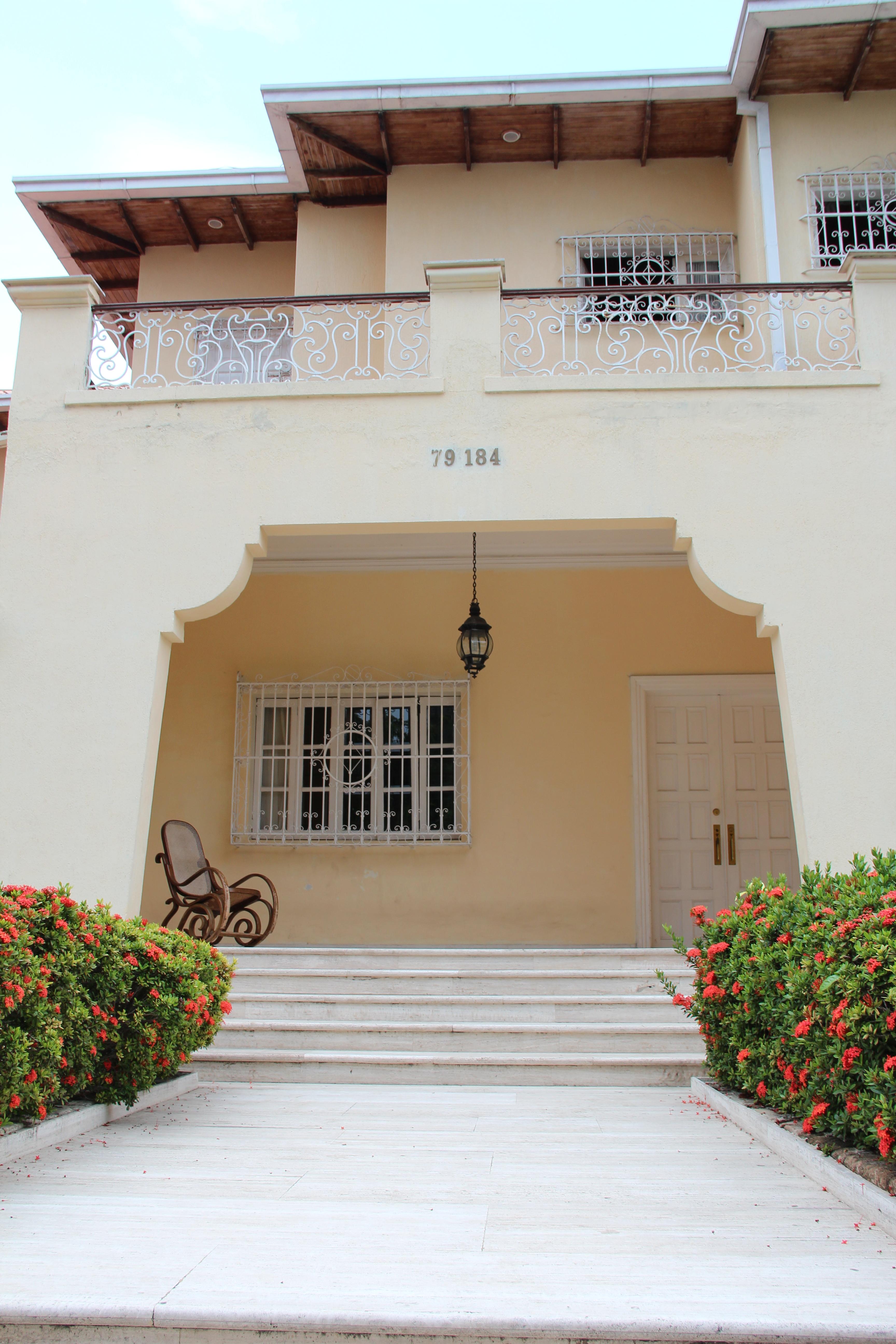 file portal casa de vivienda carrera 52 con calle 79 jpg